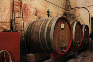 Tuscany Wine Trail - Big Barrels